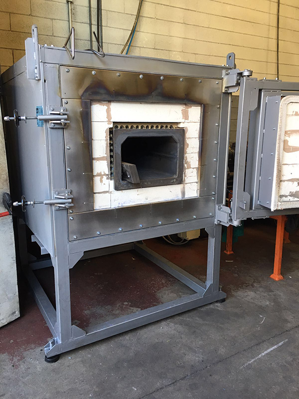 Heat treatment ovens
